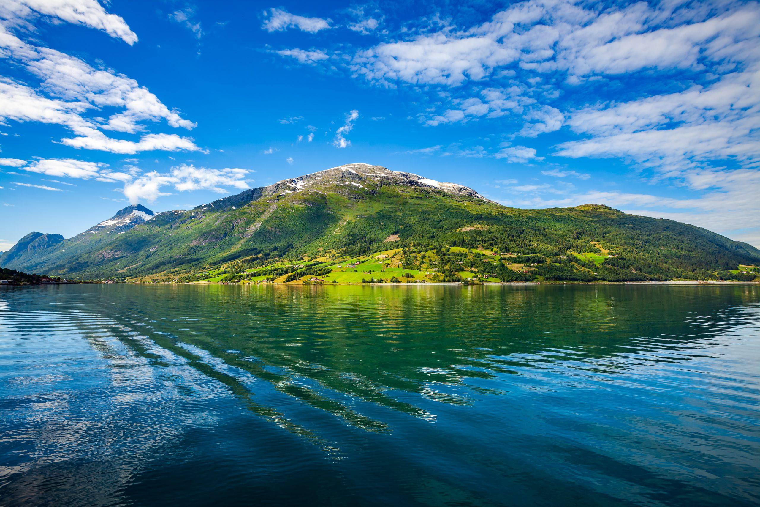 beautiful-nature-norway-NV9ZWAM-scaled.jpg