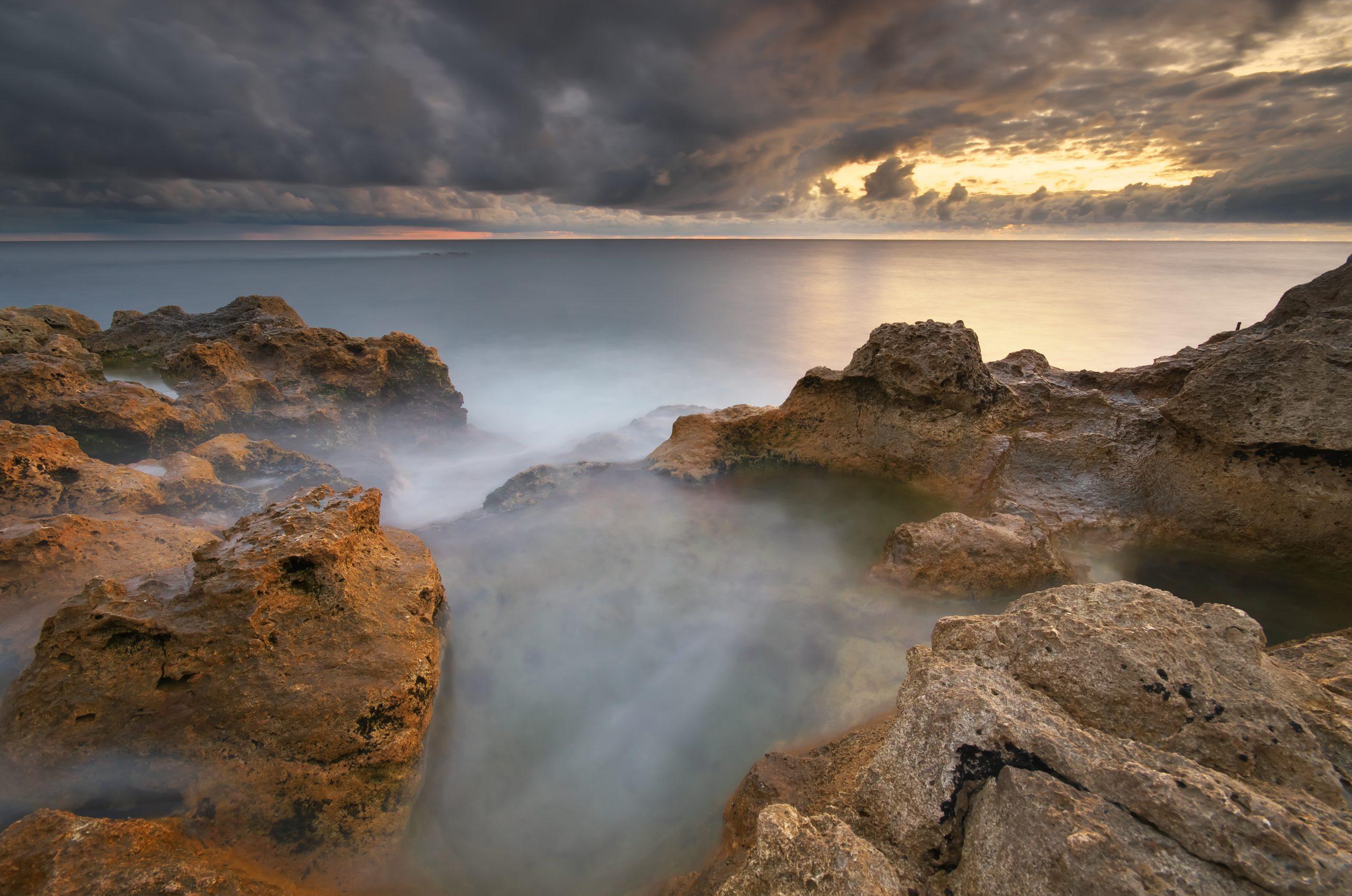 beautiful-seascape-nature-VUCU9KZ-scaled.jpg